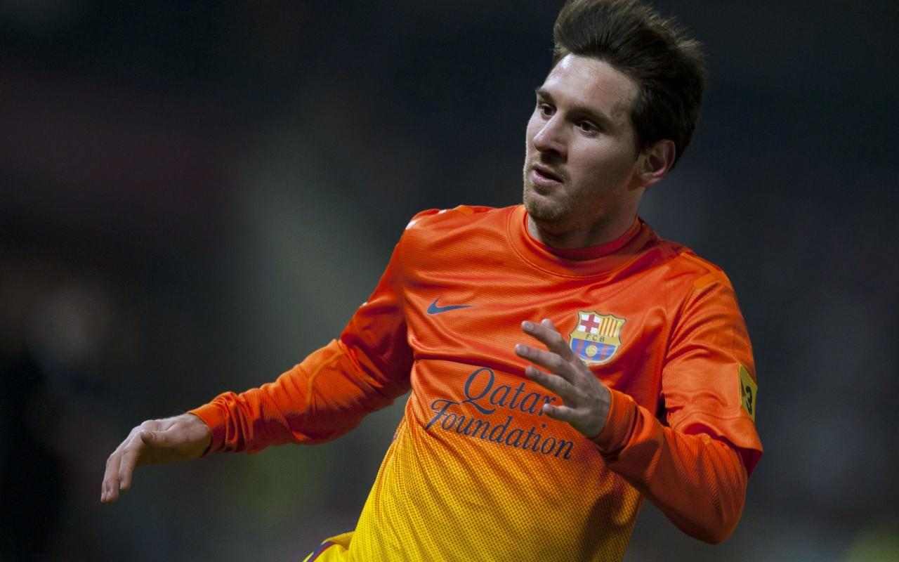 برشلونة يأمل فى عودة ميسي لمستواه