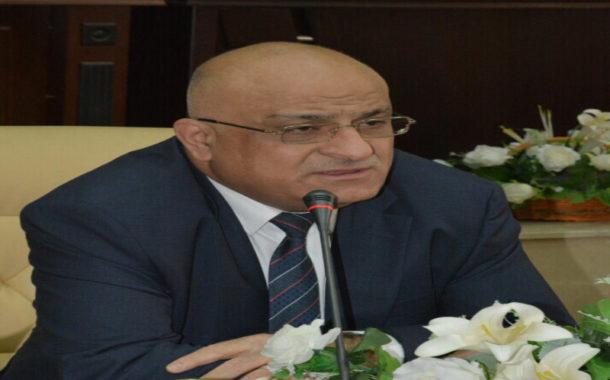 وزير التجارة يعفى مدير مركز لتسويق الحبوب في ميسان