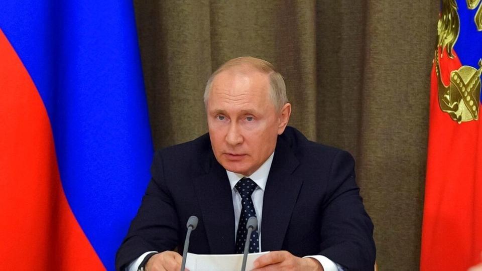 بوتين يكشف عن أسلحة ليزر روسية مثل