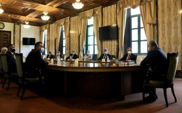 رئيس مجلس الوزراء السيد مصطفى الكاظمي يستقبل وفد نقابة أطباء العراق